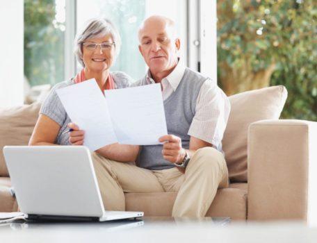 Выгодные вклады для пенсионеров: 14 лучших программ банков