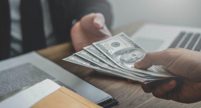 Стоит ли инвестировать в МФО, плюсы и минусы, инвестиции в МФО и КПК – что выбрать