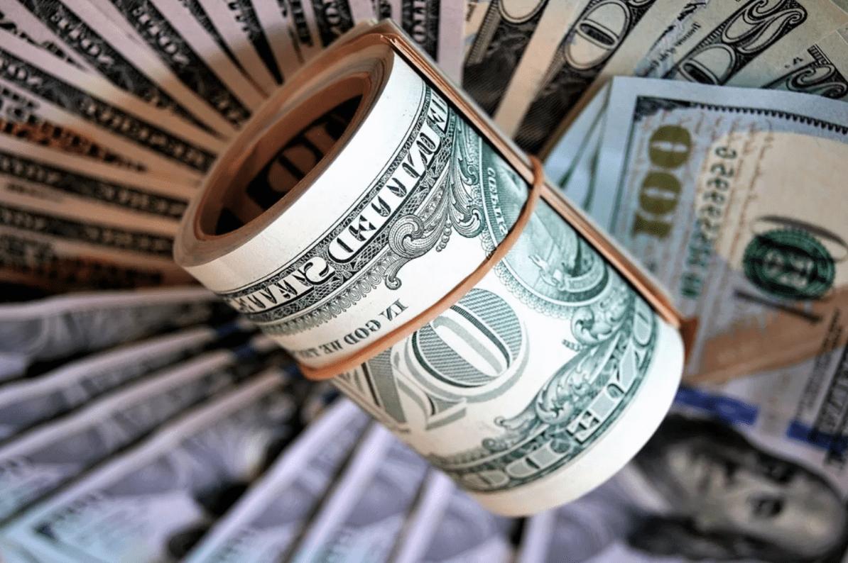 Куда вложить доллары и евро, чтобы заработать?   InvestFuture